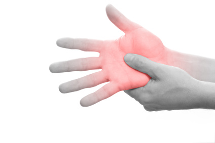 Nervenschmerzen in der Hand (Neuralgie) | Ursachen & Behandlung