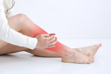 Müde Beine - Ursachen, Behandlung & Vorbeugung