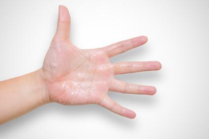 fingern feucht