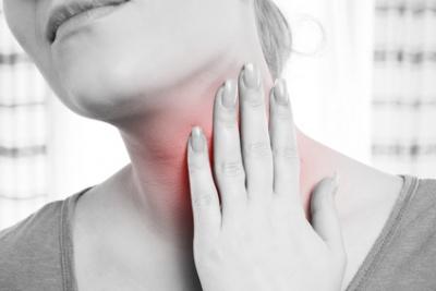 Einseitige Halsschmerzen Links